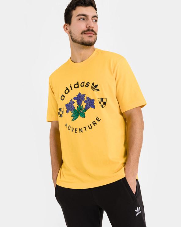 adidas Originals Adventure Graphic T-Shirt Gelb