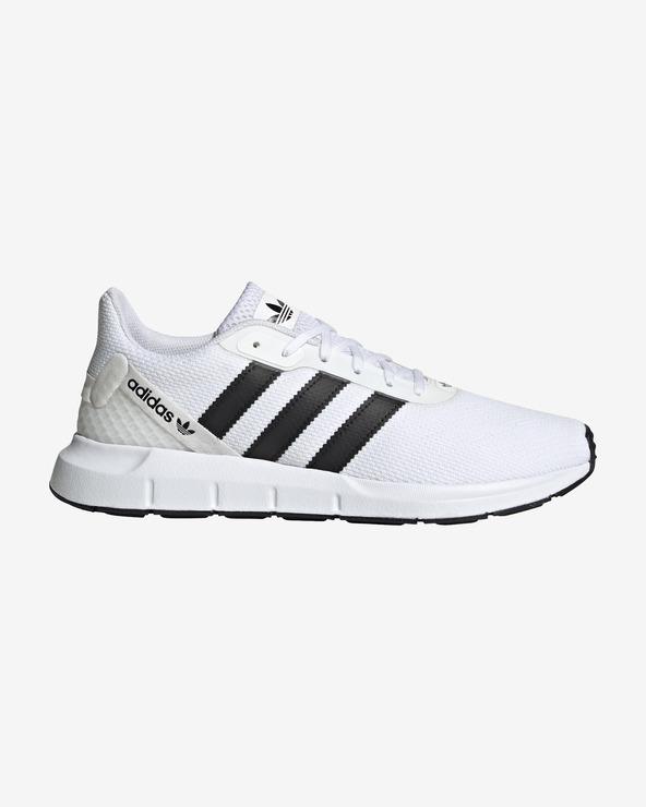 adidas Originals Swift Run RF Tennisschuhe Weiß